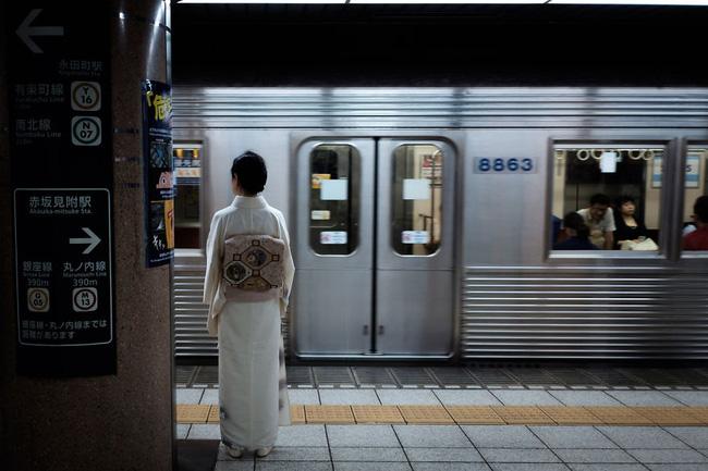 Một vẻ đẹp hiện thực Nhật Bản: Xứ sở này đâu chỉ có hoa anh đào? - Ảnh 1.