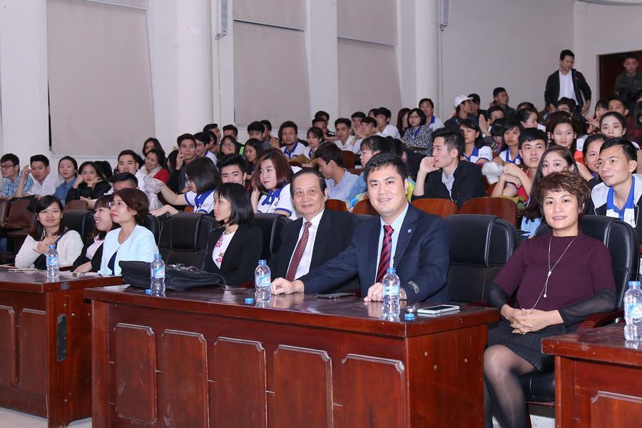 Tiến sĩ Nguyễn Lê Minh có mặt tại sự kiện cùng Ban lãnh đạo HAVICO