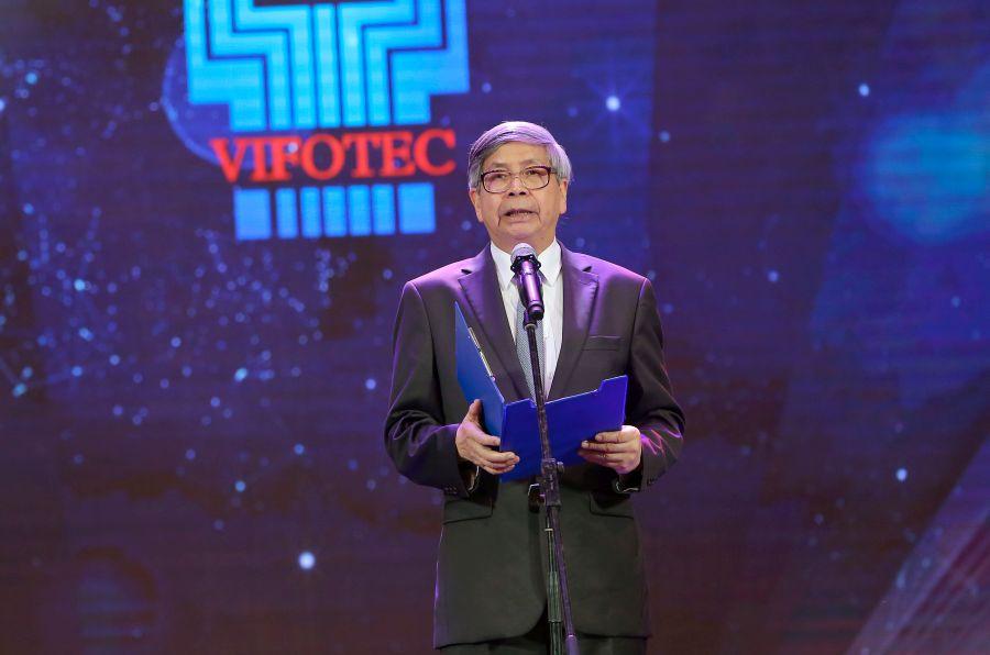 GS.TSKH. Đặng Vũ Minh - Chủ tịch Liên hiệp các hội KH&KT Việt Nam, Trưởng bản tổ chức - phát biểu tại sự kiện.