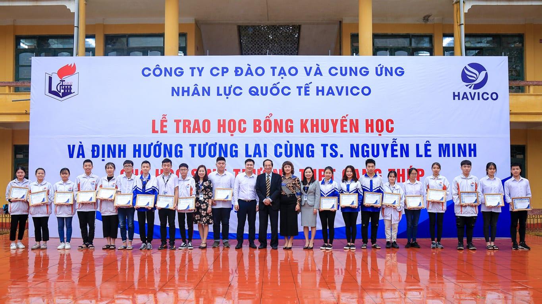 HAVICO với buổi lễ trao học bổng tại trường THPT Gang Thép