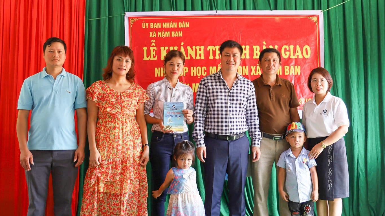 Tặng điểm trường mầm non Nậm Ban huyện Mèo Vạc tỉnh Hà Giang