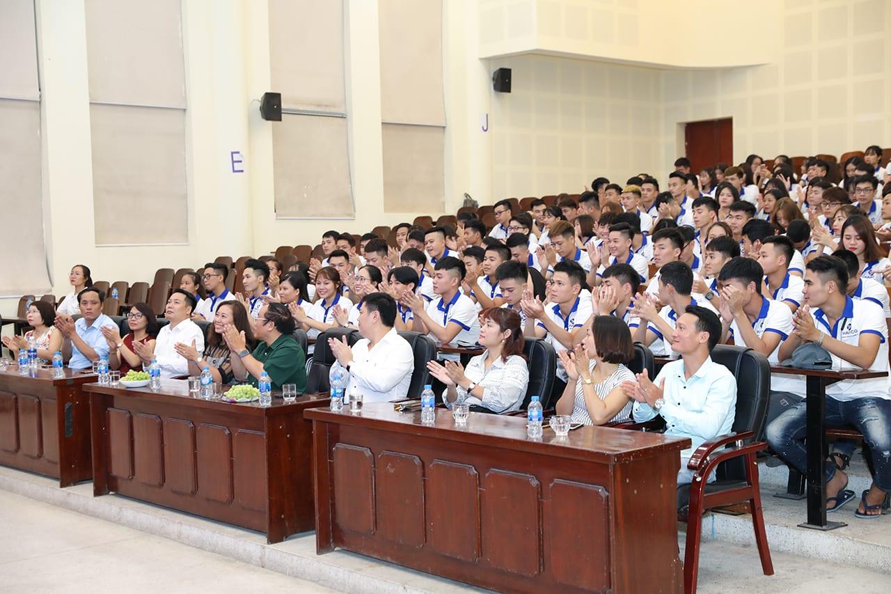 Buổi lễ bế giảng kỳ tháng 4 năm 2019
