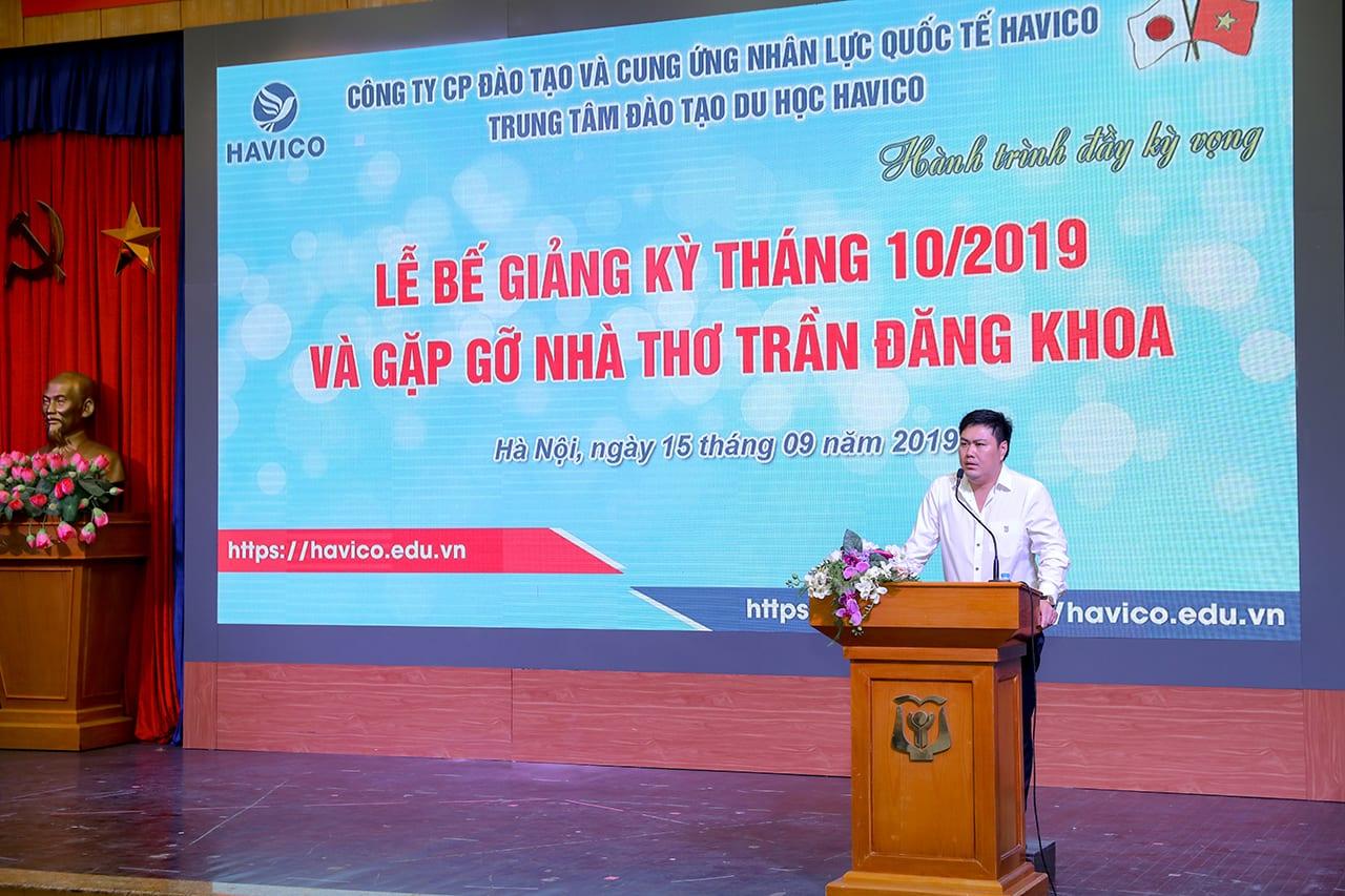 TS. Đỗ Minh Chính - Chủ tịch HĐQT, Giám đốc HAVICO phát biểu trong buổi lễ bế giảng