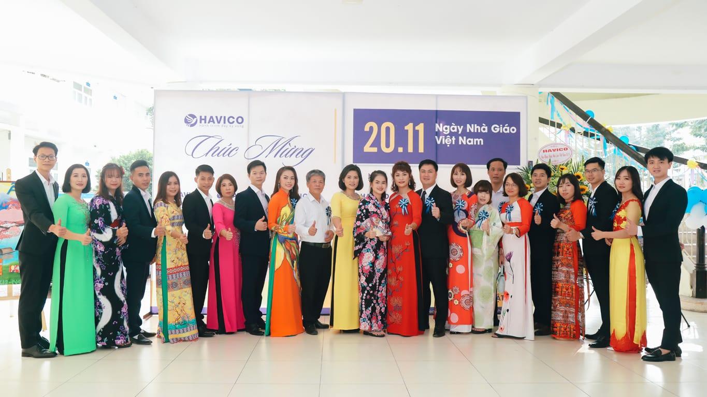 Ngày nhà giáo Việt Nam: Tri ân người chở đò tri thức
