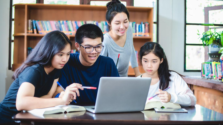 Dự án hỗ trợ khẩn cấp cho học sinh, sinh viên từ Chính phủ Nhật Bản